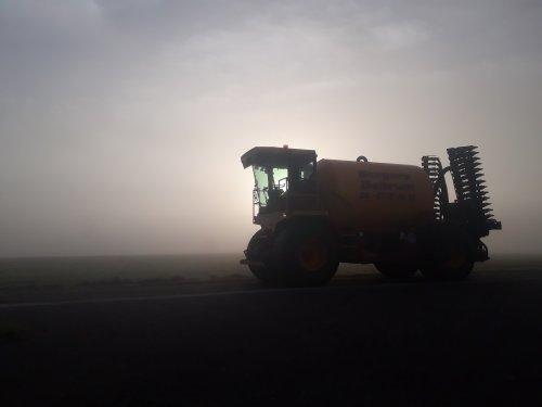 Alles voor de 2e snede ook weer bemest. Geplaatst door tone29 op 27-05-2018 om 13:57:06, op TractorFan.nl - de nummer 1 tractor foto website.
