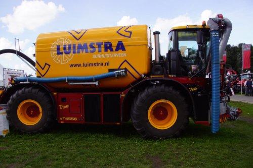 Foto van een Vredo VT 4556. Geplaatst door jans-eising op 27-11-2018 om 21:08:06, op TractorFan.nl - de nummer 1 tractor foto website.