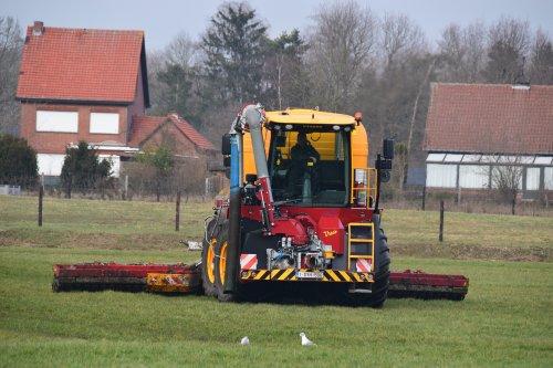 TJ Van Loco met hun nieuwe Vredo VT 4556. Geplaatst door jd7920 op 23-02-2019 om 23:28:08, op TractorFan.nl - de nummer 1 tractor foto website.