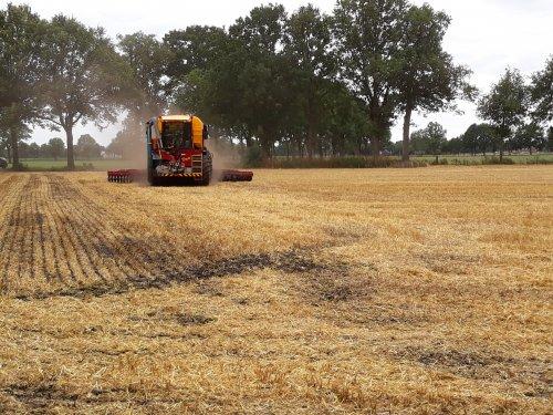 Foto van een Vredo VT 3936. Geplaatst door valyMF op 10-07-2019 om 17:12:05, op TractorFan.nl - de nummer 1 tractor foto website.
