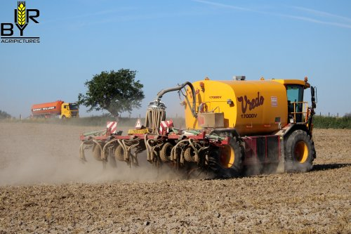 Foto van een Vredo VT 3936 bij Loonwerken De Rijcke Gebroeders uit Herfelingen (B).. Geplaatst door ritse-bayens op 27-08-2019 om 13:12:18, op TractorFan.nl - de nummer 1 tractor foto website.
