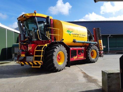 Foto van een Vredo VT 3936. Geplaatst door cb6520 op 19-02-2020 om 16:37:51, op TractorFan.nl - de nummer 1 tractor foto website.