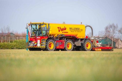 Willemsen met hun Vredo VT 4546! (2021). Geplaatst door FerreV op 22-02-2021 om 21:10:43, op TractorFan.nl - de nummer 1 tractor foto website.