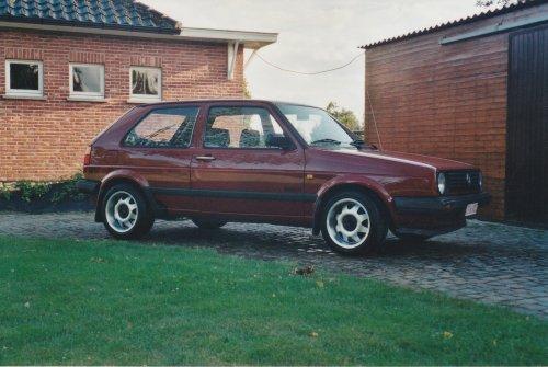 Foto van mijn eerste eigen auto 20 jaar geleden.. Geplaatst door stijn-de-bock op 19-02-2019 om 05:56:48, met 5 reacties.
