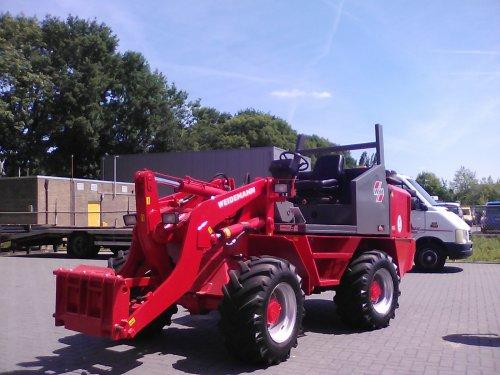 Weidemann 4002 DP van -NEW-HOLLAND-
