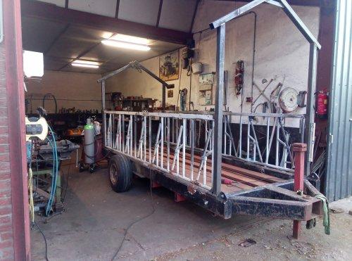 Zelfbouw Voerwagen van newholland6640