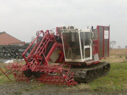 Foto van een Zelfbouw Rupstrekker. Geplaatst door sjouke op 07-03-2009 om 18:21:15, met 15 reacties.