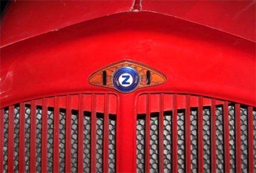 Voorfront van een Zetor auto, Zetor heeft vroeger ook auto's gemaakt. Geplaatst door Rietman op 20-03-2019 om 14:14:24, met 2 reacties.