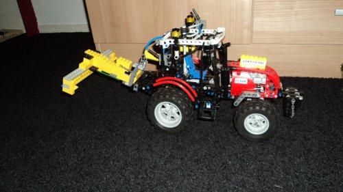 Onbekend Lego tractor. van g vd pol jd 6400