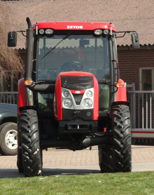 Zetor proxima van chris lee
