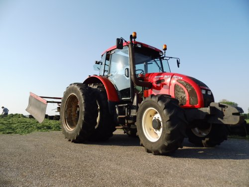 Zetor Forterra 8641 van NH power