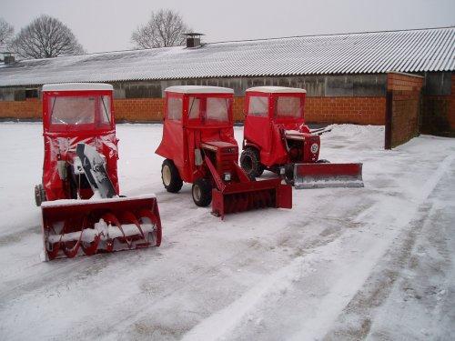 Foto van een zitmaaiers Diverse, bezig met poseren.  wheel horse sneeuw ploeg. Geplaatst door wh1257 op 20-01-2013 om 20:55:41, met 7 reacties.