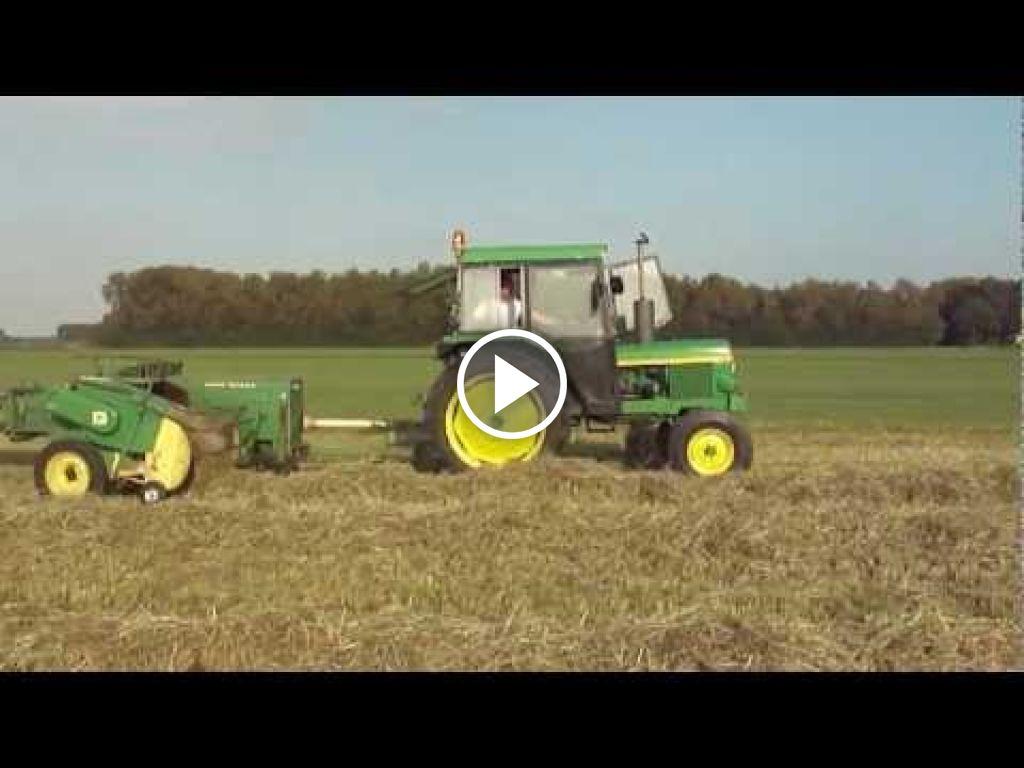 Wideo John Deere 1130