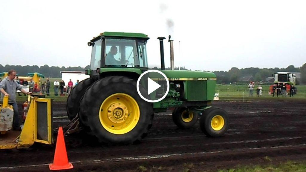 Video John Deere 4640