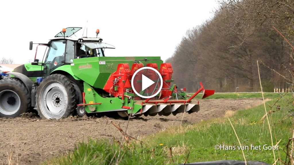 Wideo Deutz-Fahr Agrotron TTV