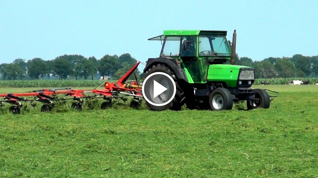 Wideo Deutz-Fahr DX 80