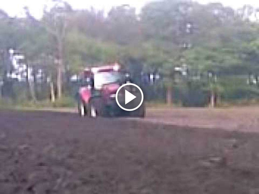 Wideo Case IH Maxxum MXU 115 Pro