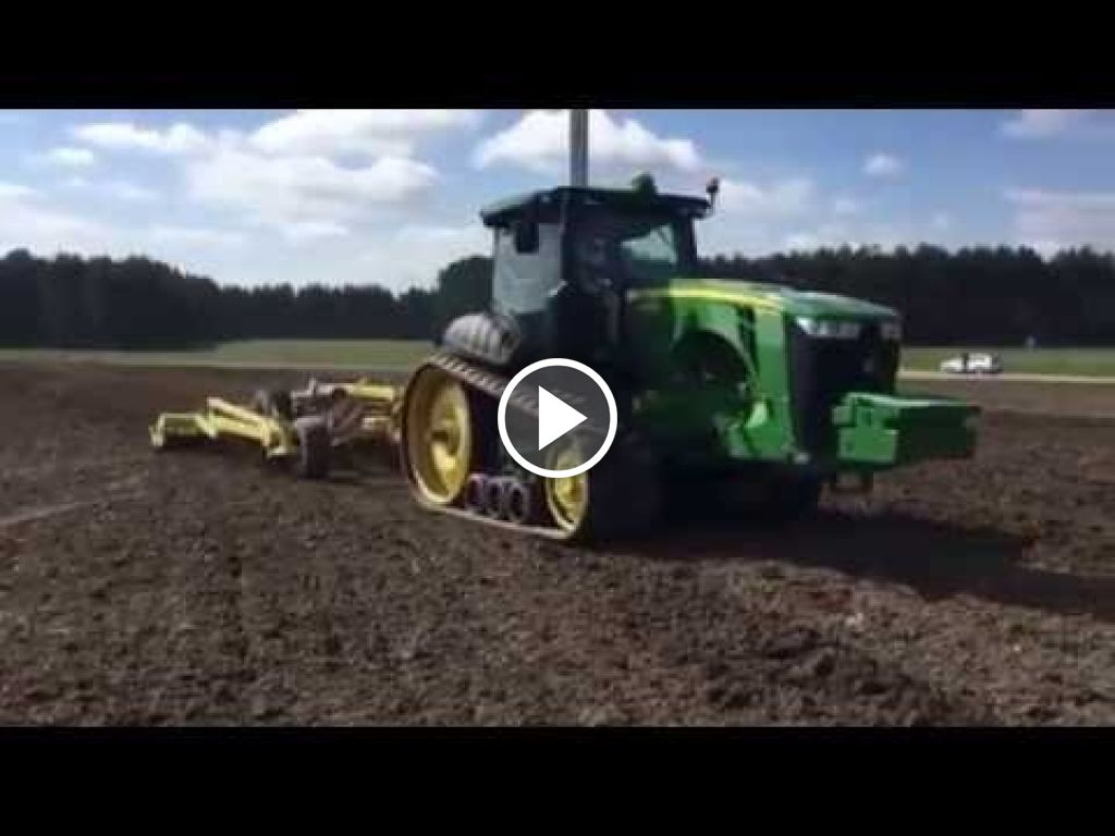 Wideo John Deere 8370RT