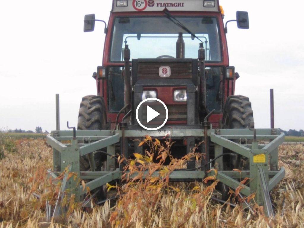 Video John Deere 6320