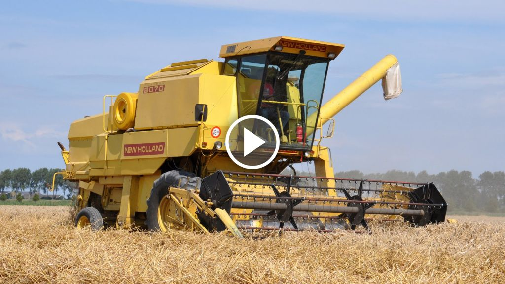 Video New Holland Clayson 8070