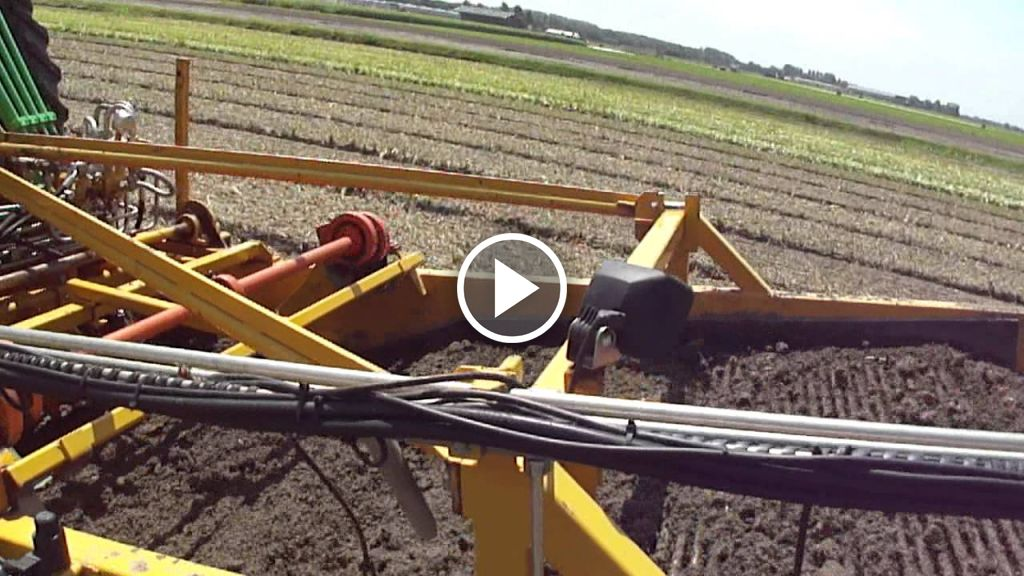 Video Deutz-Fahr Agrotron TTV 1145