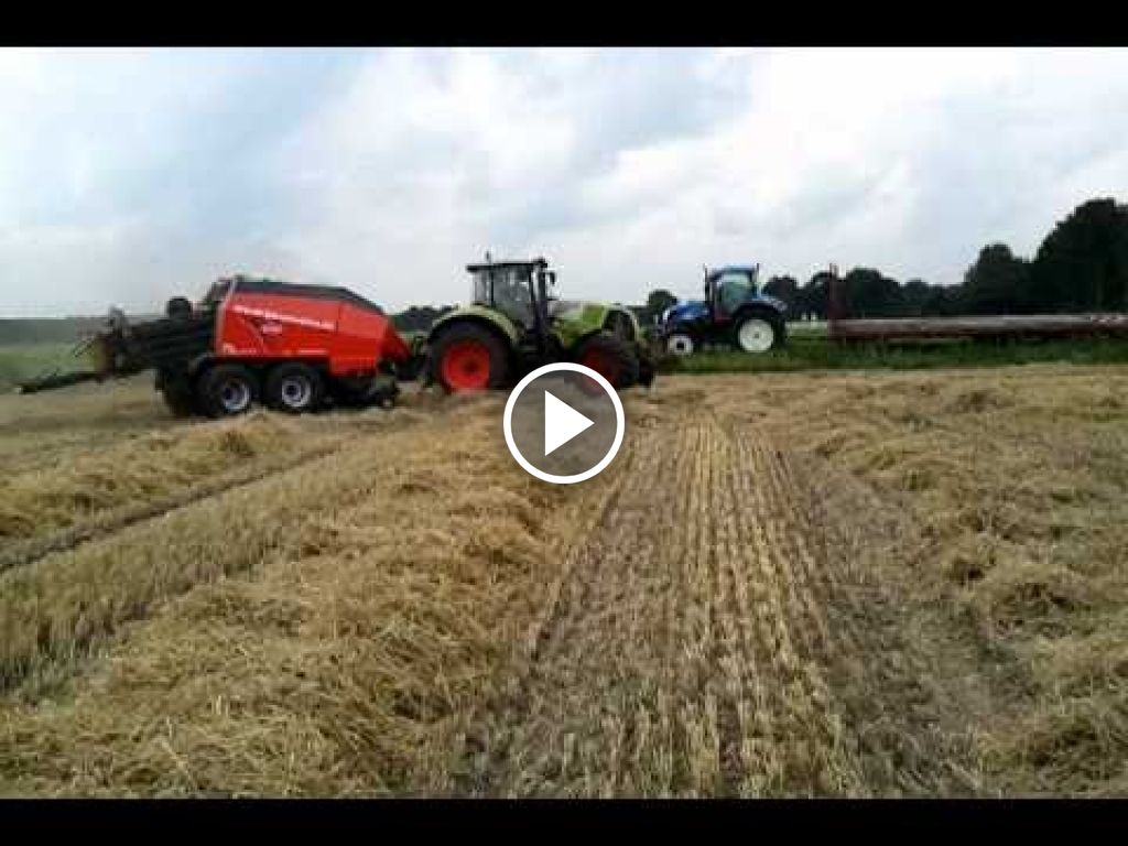Video Claas Axion 820