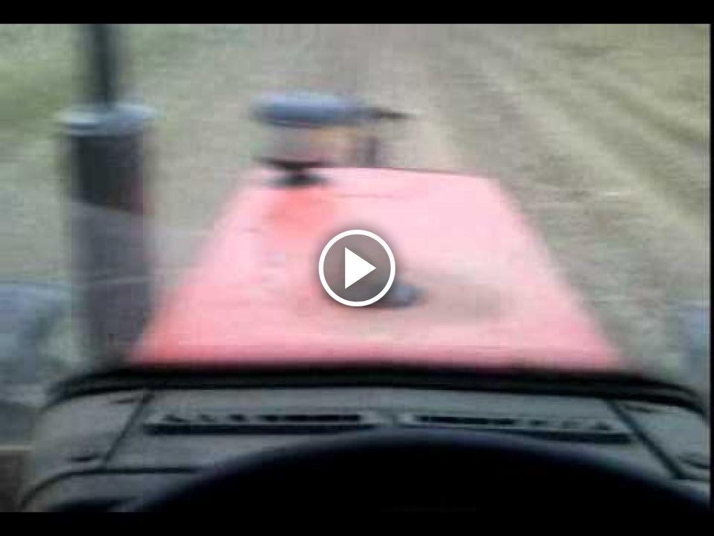 Vidéo Massey Ferguson 352