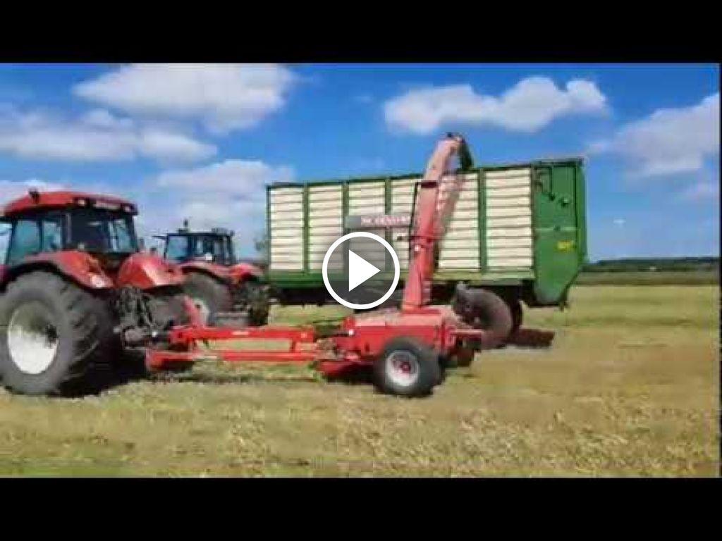 Wideo Case IH CVX 195