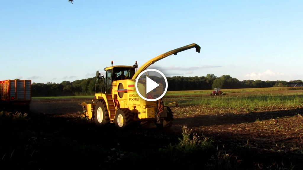 Video New Holland FX 48