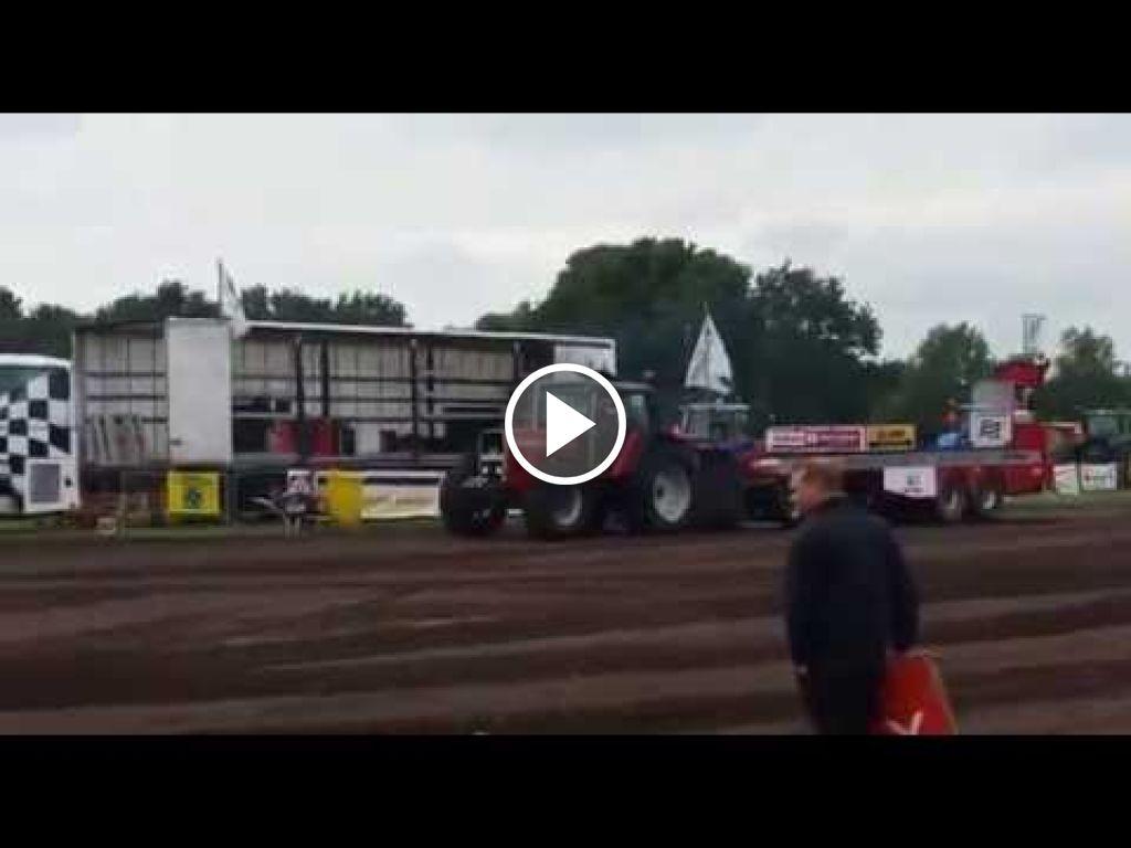 Vidéo Massey Ferguson 2645