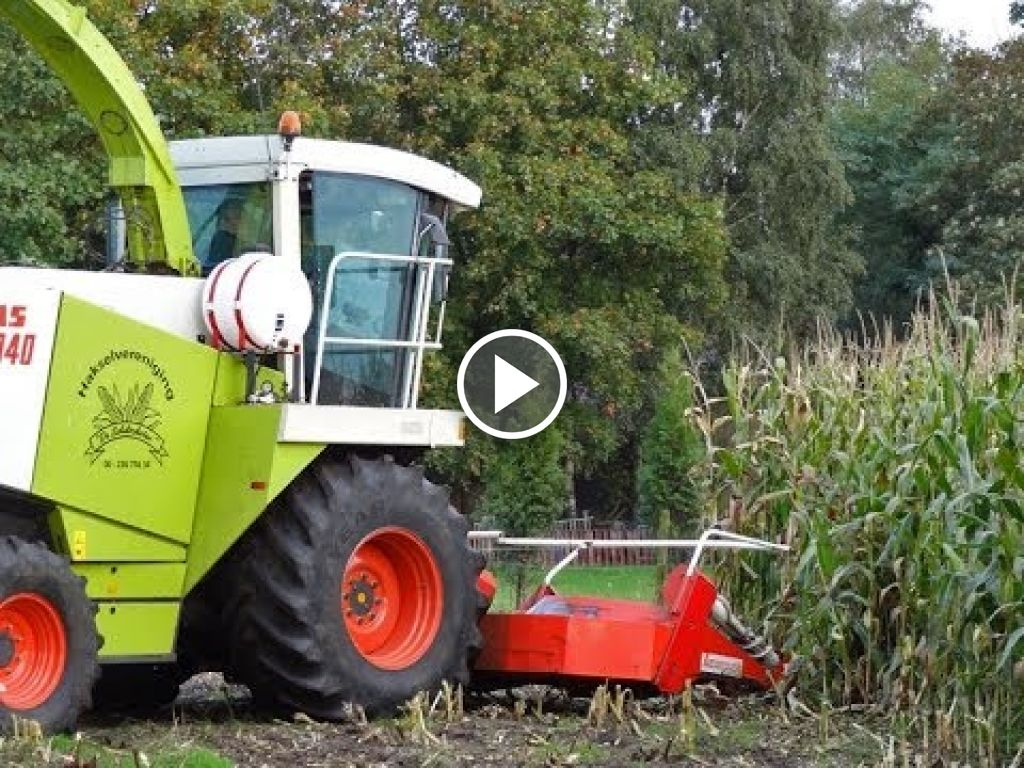 Video Claas Jaguar 840