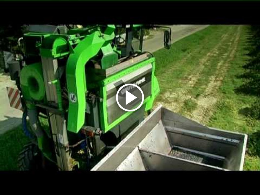 Video Deutz-Fahr Agrovitis