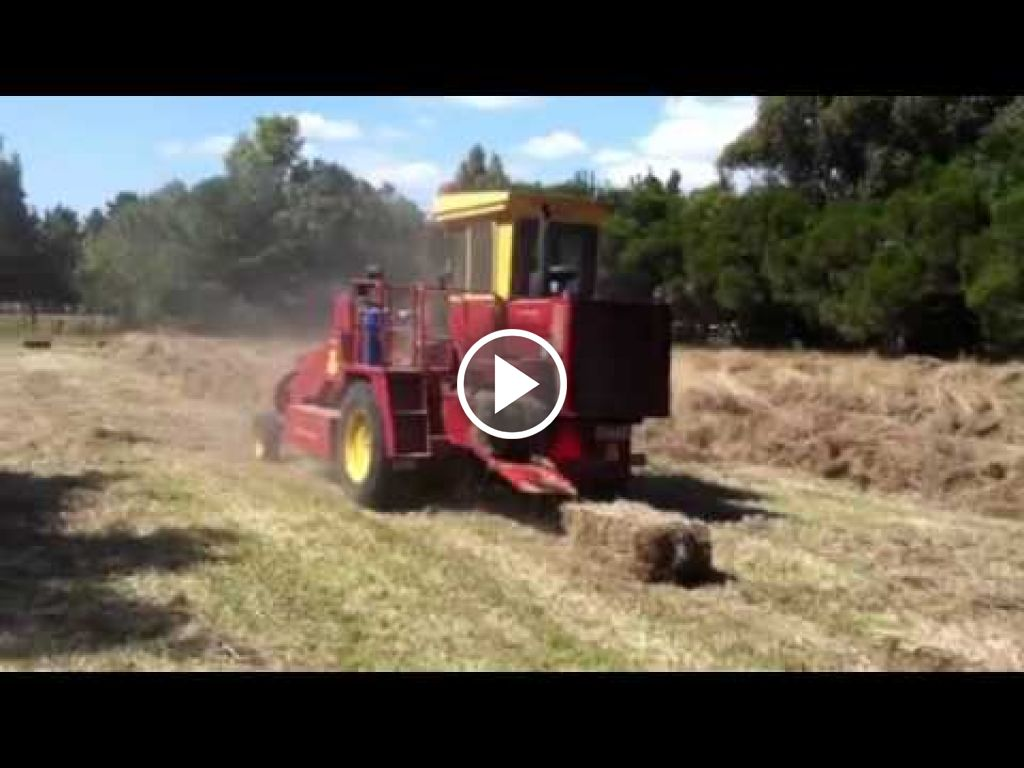 Video New Holland 1426