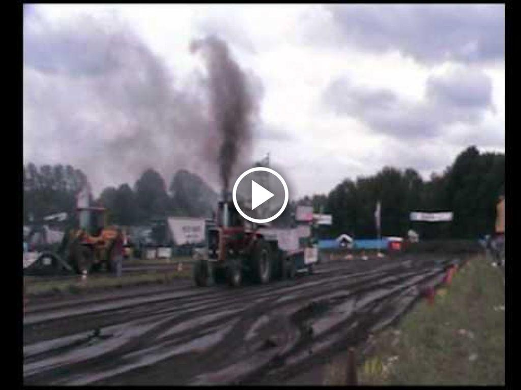 Vidéo Massey Ferguson 1135