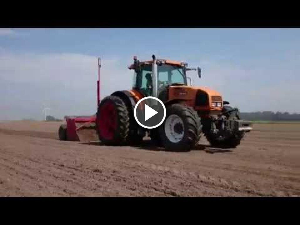 Vidéo Renault Ares 836 RZ
