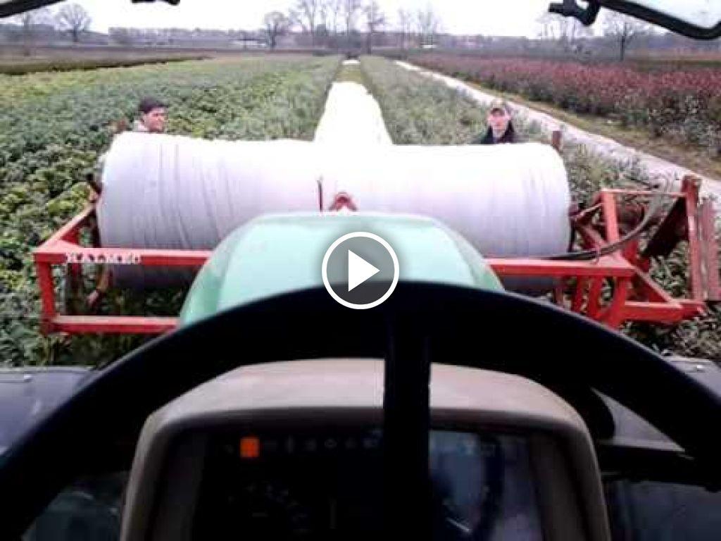 Wideo John Deere 6120SE