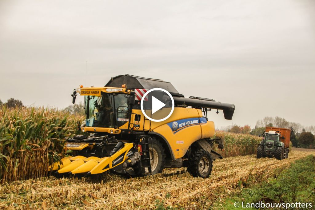 Video New Holland CR 8070