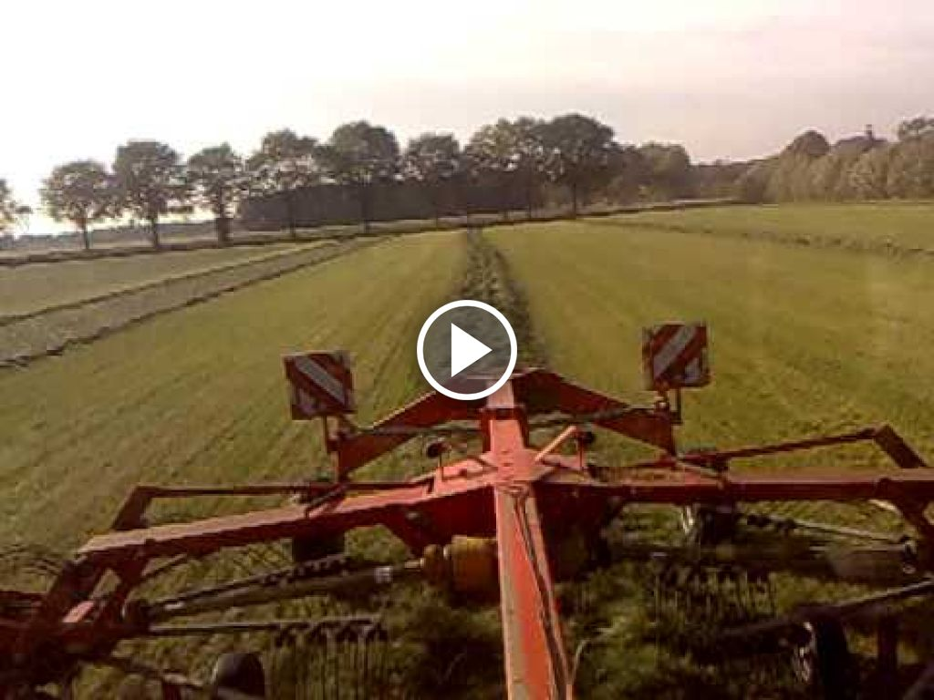 Video New Holland TVT 145