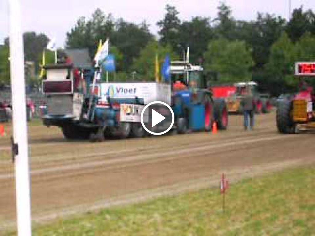 Video Fendt 818