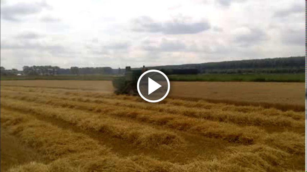 Wideo John Deere 730