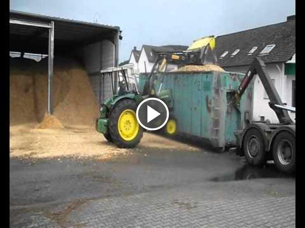 Video John Deere 1020