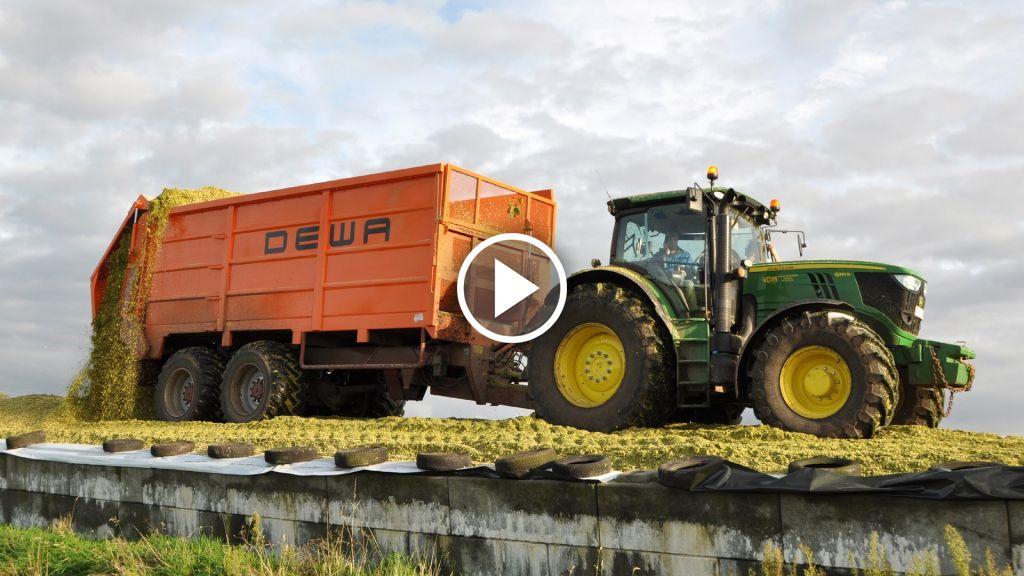 Video John Deere 7550