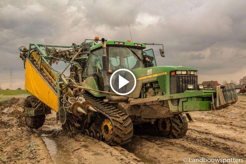 Wideo John Deere 8400 T