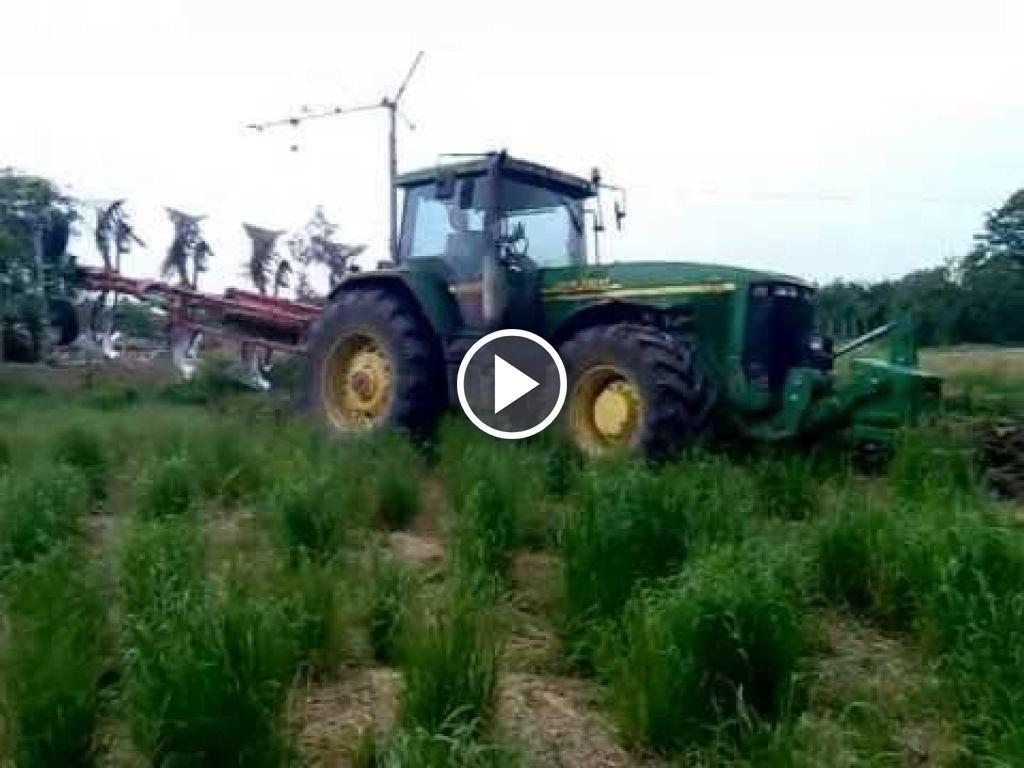 Wideo John Deere 8410