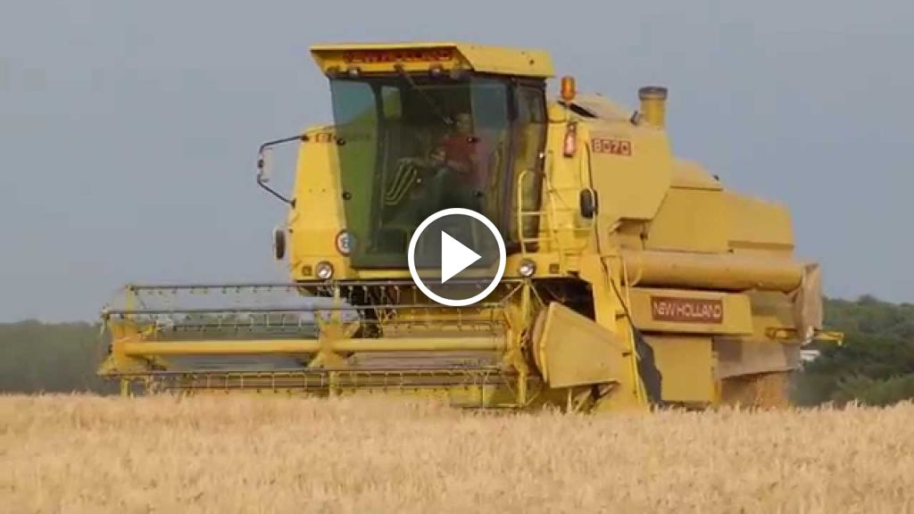 Video New Holland 8070
