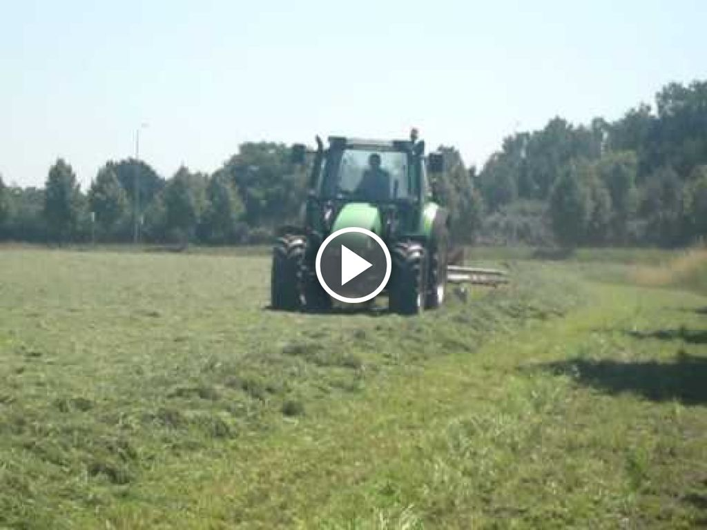 Video Deutz-Fahr Agrotron 4.85