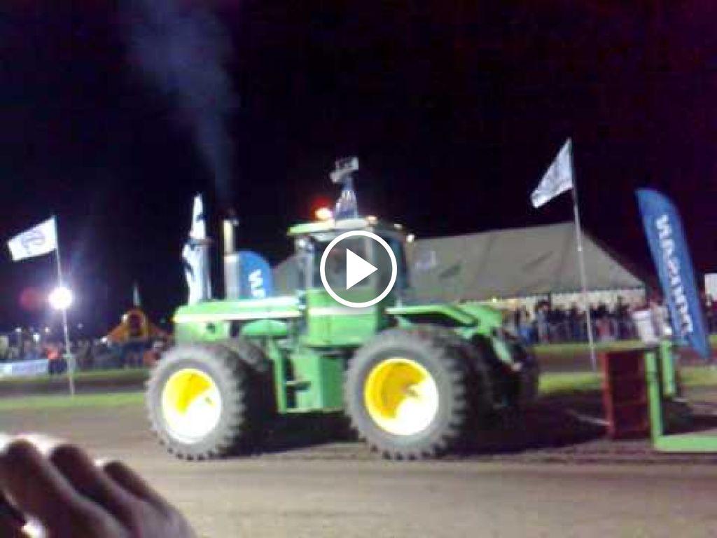 Wideo John Deere 8630