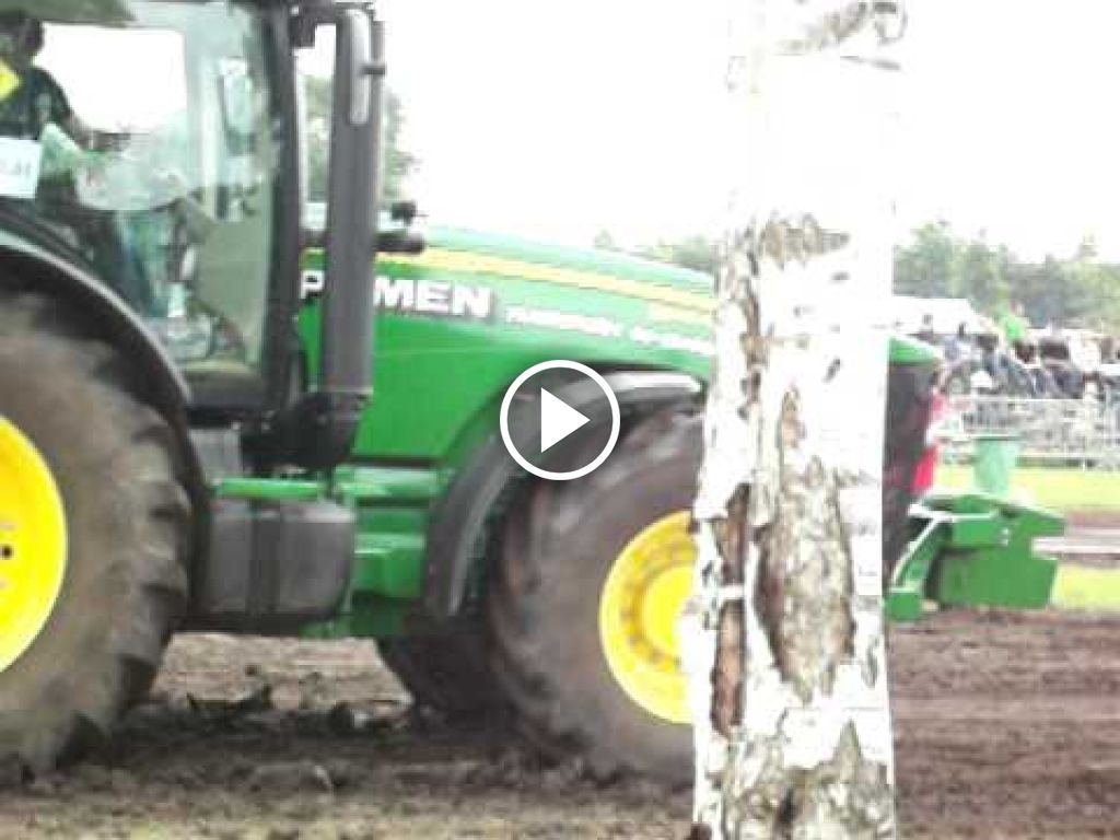 Wideo John Deere 8345R