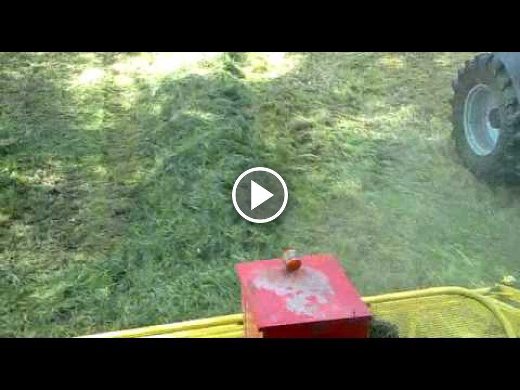 Wideo John Deere 7400