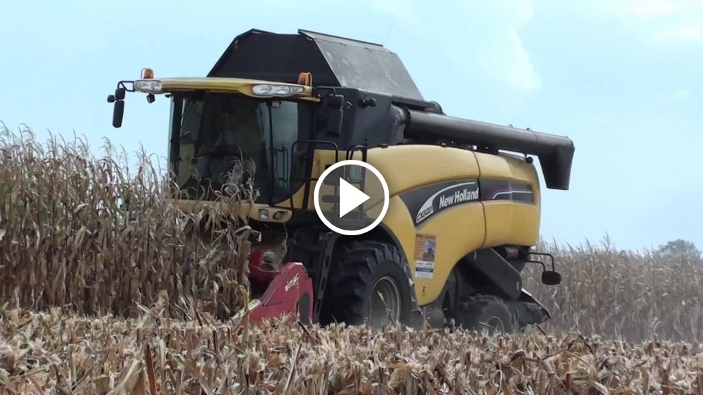 Video New Holland CX 820